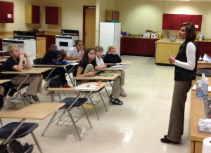 Mayor Hilda Curry talks with our 6th grade students about their service project.