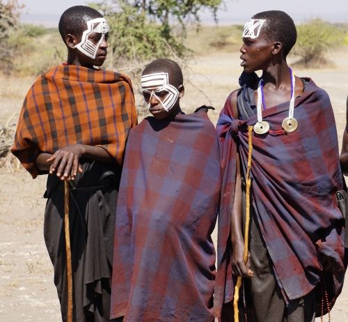 maasai-boys-in-white-face-paint